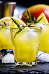 Tv Catia Fonseca 3 drinks para tomar no fim de semana Mango Tea Gin