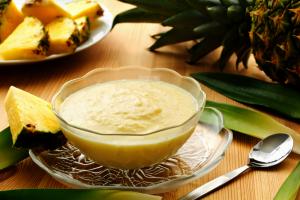 Gelado de abacaxi da gastrônoma Cris Duailibi