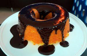 Bolo de cenoura molhadinho irresistível da Catia