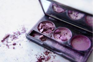 Como recuperar maquiagens quebradas com Tati Alves