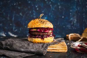 Hambúrguer funcional do chef Felipe Nonato