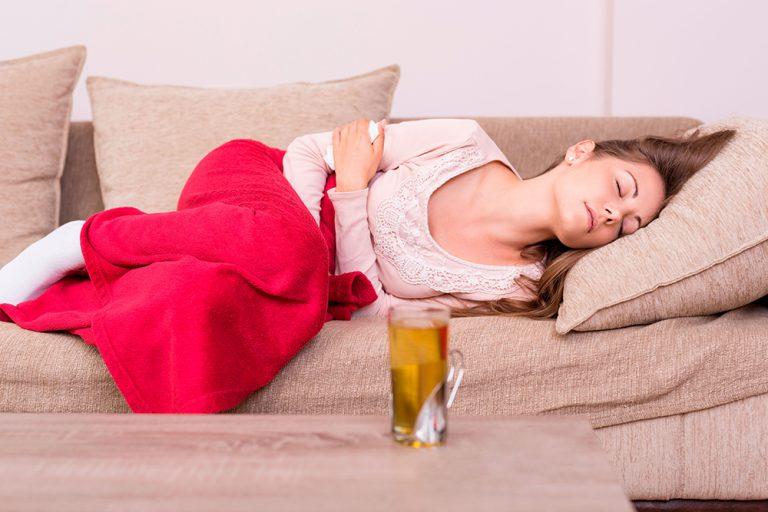 Ter cólica menstrual é normal? Com Dra. Ana Lucia Beltrame