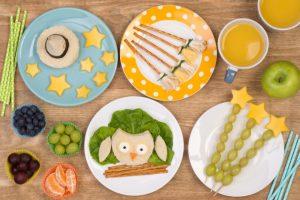 É simples e fácil criar um cardápio saudável para festas infantis por Paola Preusse