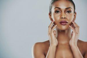 Os cuidados com a pele negra com Dra. Giselle Sanches