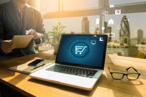 Primeiros passos para começar seu negócio na internet por Cynthia Akao