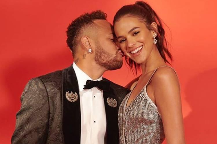 Bruna Marquezine faz declaração parabenizando Neymar – Confira!
