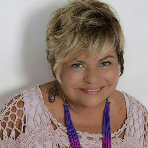 TV Catia Fonseca cabelo penteado de marocas Sônia Nesi