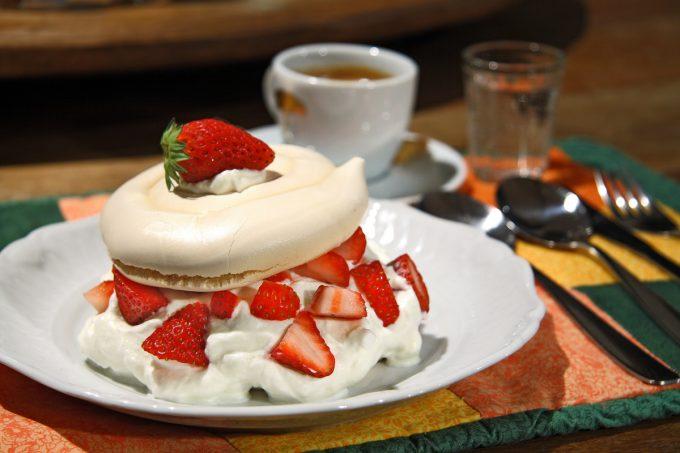Tv Catia Fonseca doce merengue de morango