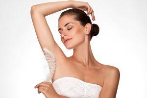 Por que a depilação a laser? por Giselle Sanches