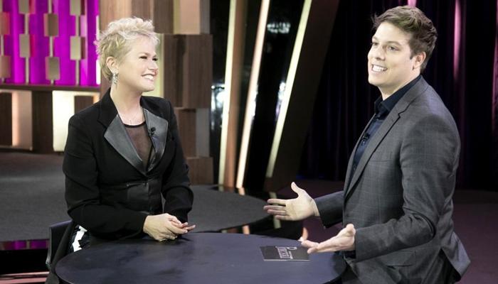 Xuxa choca ao falar sobre órgão genital de Fábio Porchat em rede nacional e vídeo repercute