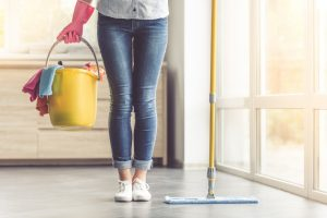 Os 4 erros comuns na limpeza de casa por Ingrid Lisboa