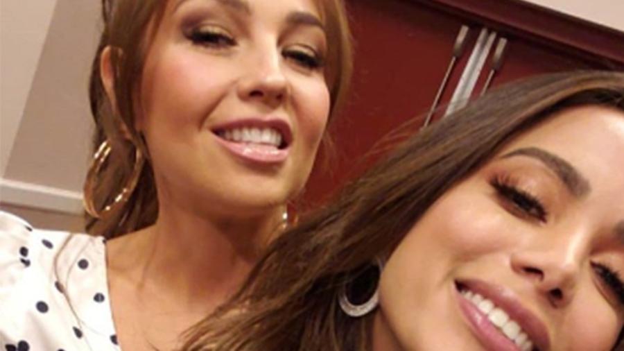Anitta se encontra com Thalía, se divertem em momento inusitado e 'quebram' a internet