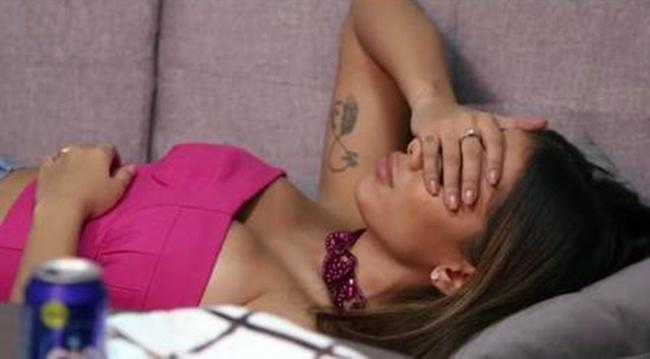 Anitta relata depressão após estourar mundialmente e dizque o pai quase perdeu o emprego