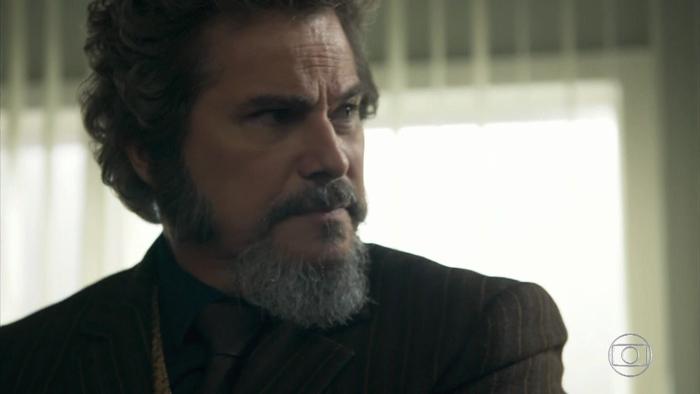 O Tempo Não Para: Dom Sabino dá ultimato e manda Lúcio ficar longe de Marocas