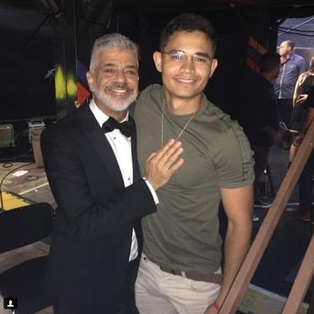 Após boatos de casamento, Lulu Santos assina com marca de alianças para casais LGBT