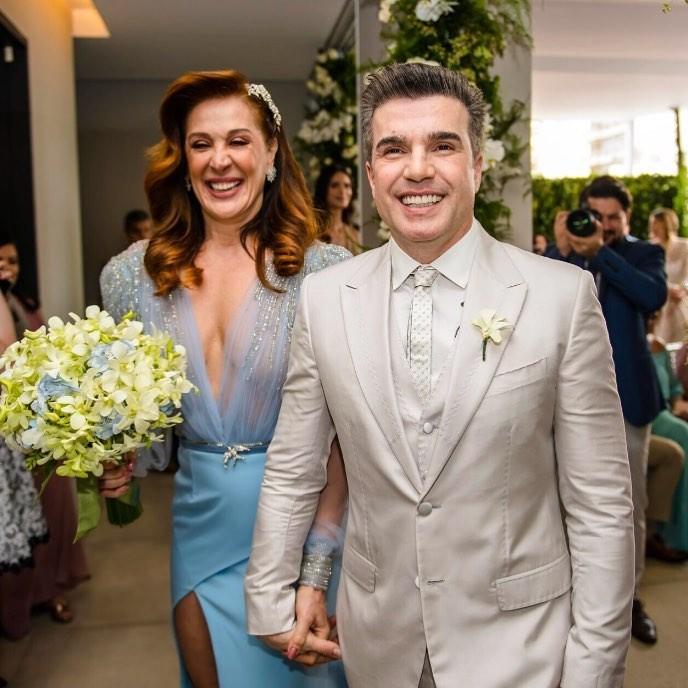 Jarbas Homem de Mello se declara para Claudia Raia após oficializarem o casamento