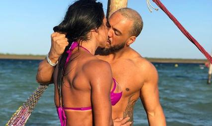Gracyanne Barbosa enaltece 'pacote volumoso' de Belo e zoa Léo Santana