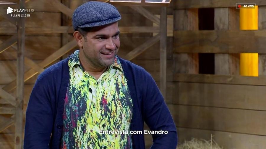 Eliminado de A Fazenda, Evandro Santo fala sobre sua fama de fofoqueiro e detona Ana Paula Renault