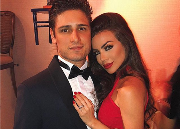 Noiva do ator Daniel Rocha surpreende ao mostrar antes e depois das plásticas