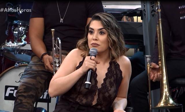 Naiara Azevedo exige que ninguém encoste nela durante os shows