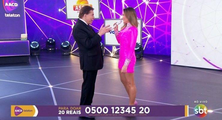 """Após ser acusado de """"assediar"""" Claudia Leitte, Silvio Santos fala sobre a polêmica com a cantora"""