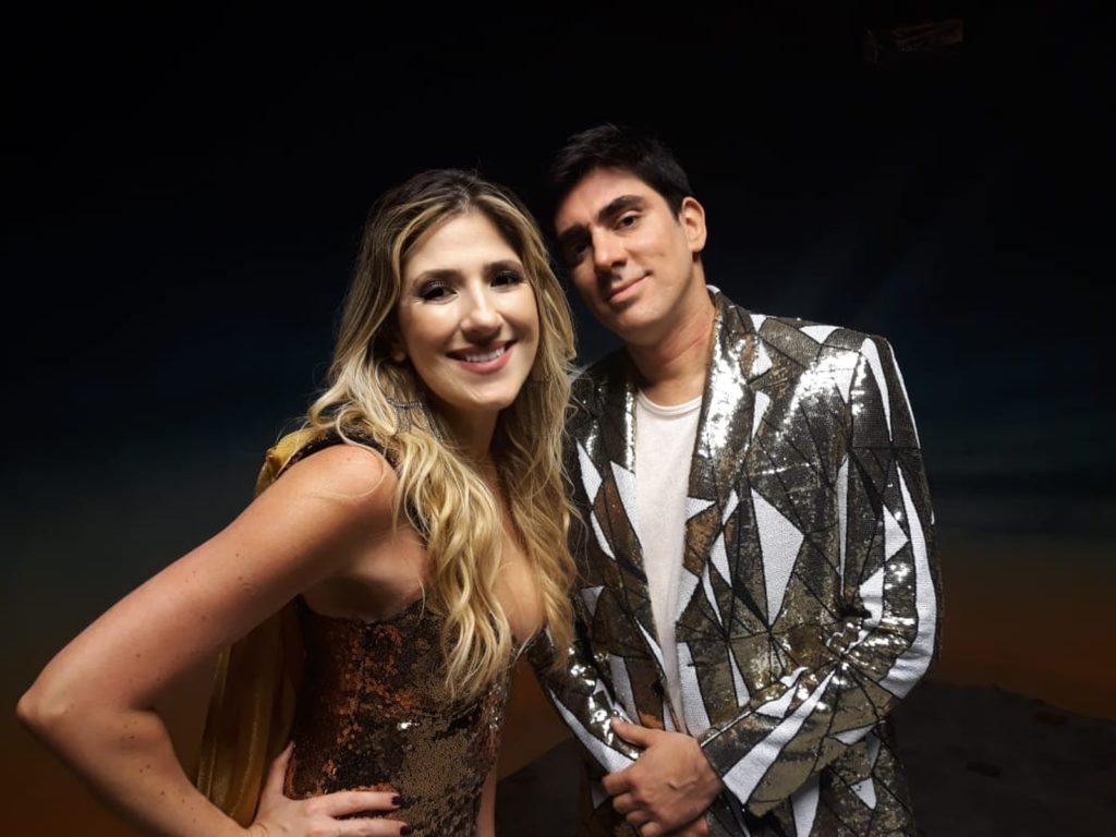 Dani Calabresa e Marcelo Adnet falam de retrospectiva bem humorada produzida pela Globo