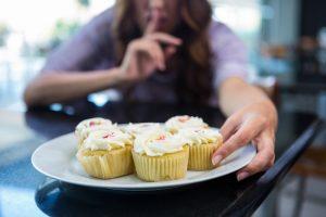 Compulsão por doces por Paula Mello