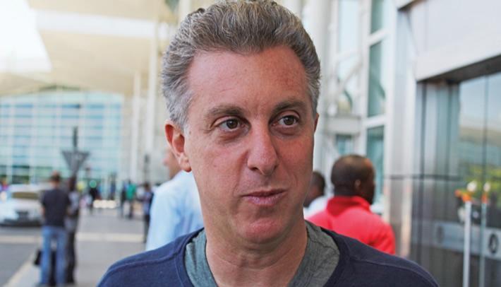 Funcionário demitido pela Globo revela que levou esporro de Luciano Huck e mostra sua verdadeira face