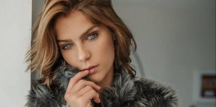 Isabella Santoni aparece em clique sensual e arranca suspiros de internautas