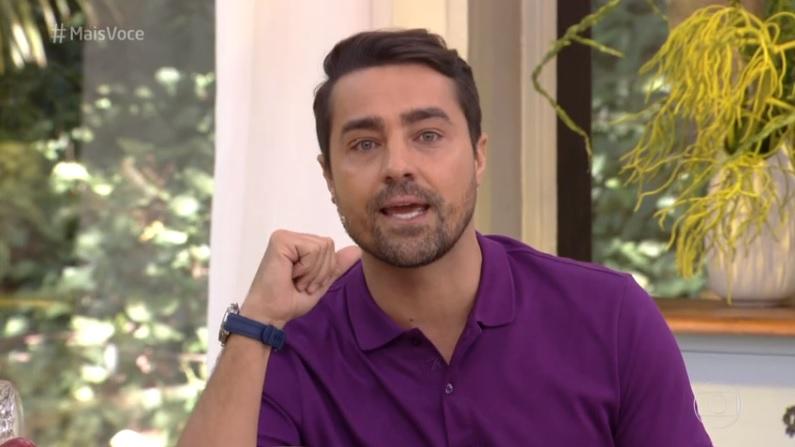 Na Globo, Ricardo Pereira chora ao relembrar talento de Domingos Montagner