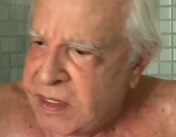 Aos 91 anos, Cid Moreira toma banho congelante e desabafa sobre velhice
