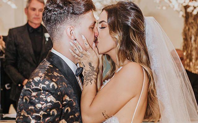 Saulo Pâncio e Gabi Brandt se casam em cerimônia de luxo no Copacabana Palace