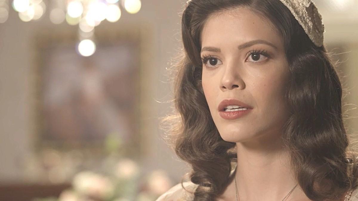 Espelho da Vida: Julia Castelo surpreende e fica noiva de Gustavo Bruno