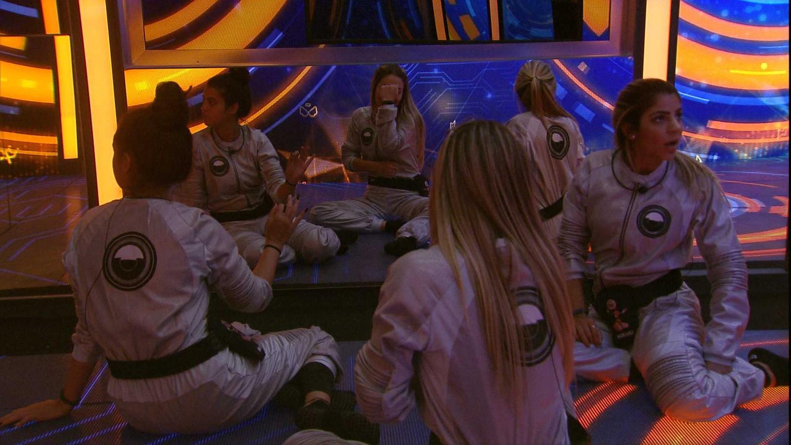 BBB19: Hana, Paula e Hariany são 'rejeitadas' pelos brothers e cumprem provas no quarto dos 7 desafios