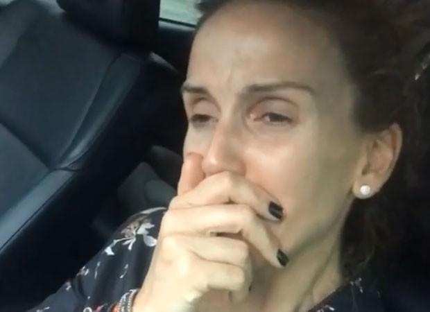 Mariana Ferrão se emociona e cai no choro ao falar de Ricardo Boechat