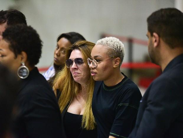 Corpo de Deise Cipriano do Fat Family é velado em São Paulo; veja fotos