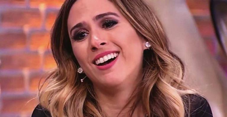 "Tatá Werneck e Rafael Vitti comemoram aniversário de namoro e apresentadora dispara: ""Me sinto adolescente"""