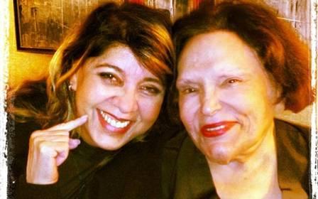 Morte de Bibi Ferreira faz Roberta Miranda entrar em desespero e se derreter em lágrimas