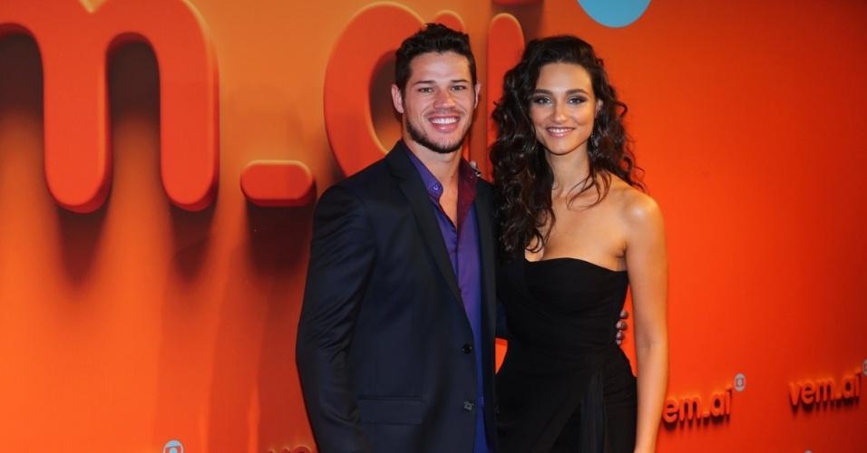 Traída por José Loreto, Débora Nascimento recebe apoio de famosas após anunciar fim de casamento