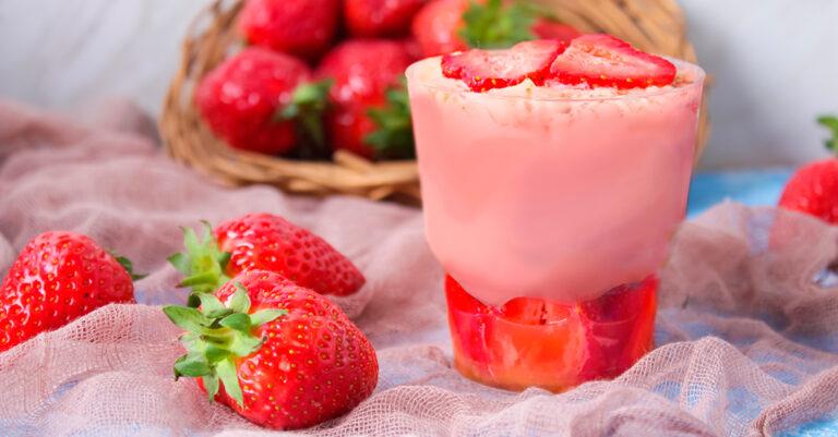 Receita da revista da Catia: Doce de morango com gelatina