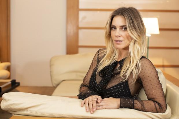 Colega de elenco de José Loreto, Carolina Dieckmann apoia o ator em pedido de desculpas a ex