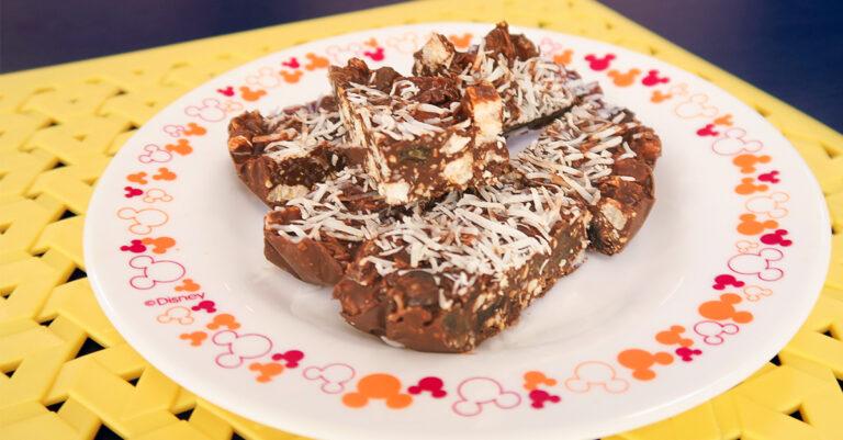 Barrinha crocante de chocolate por Nathália e Gabriela Donato