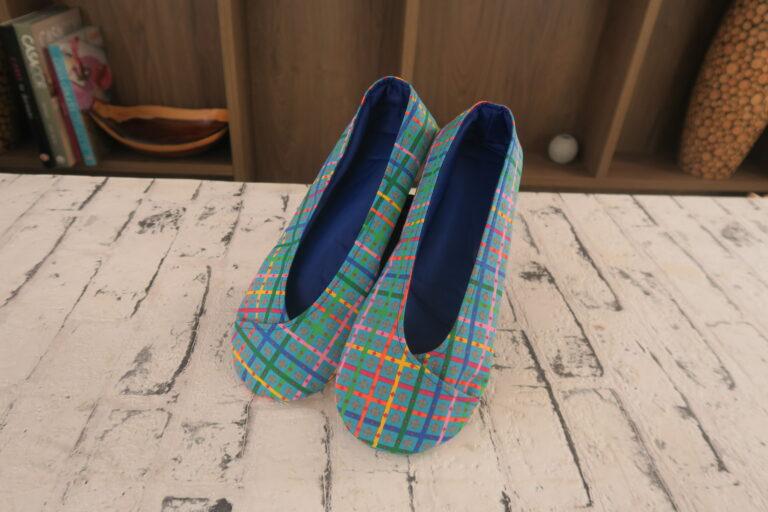 Como fazer sapatilhas de tecido por Luciana Jaber