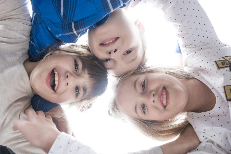 Desaceleração crianças por Dra. Viviane Rossi