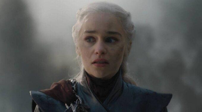 Revoltados, fãs fazem abaixo-assinado e pedem que última temporada de Game of Thrones seja refeita