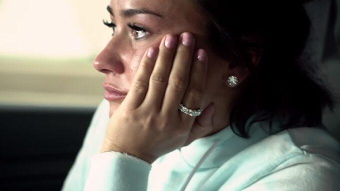 Após morte na família, Demi Lovato entra em desespero e toma atitude surpreendente