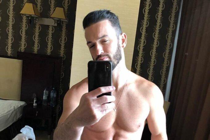 Diego Hypolito exibe abdômen em foto, quase mostra demais e causa na web