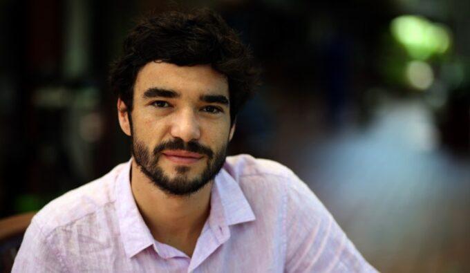 Atrizes da Globo são apontadas como pivôs de acusação contra Caio Blat e bastidor é exposto
