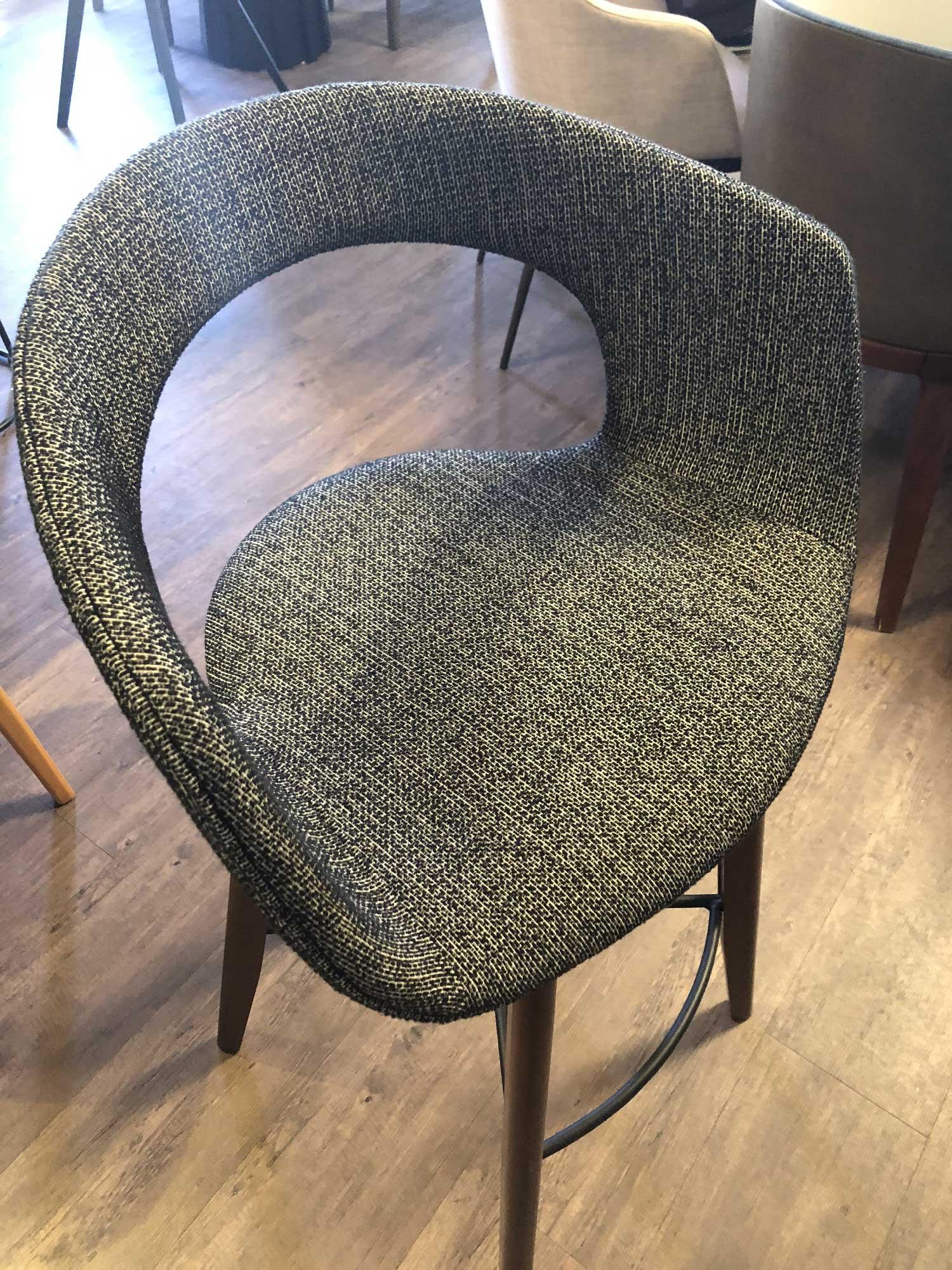 cadeira estofada Rústico