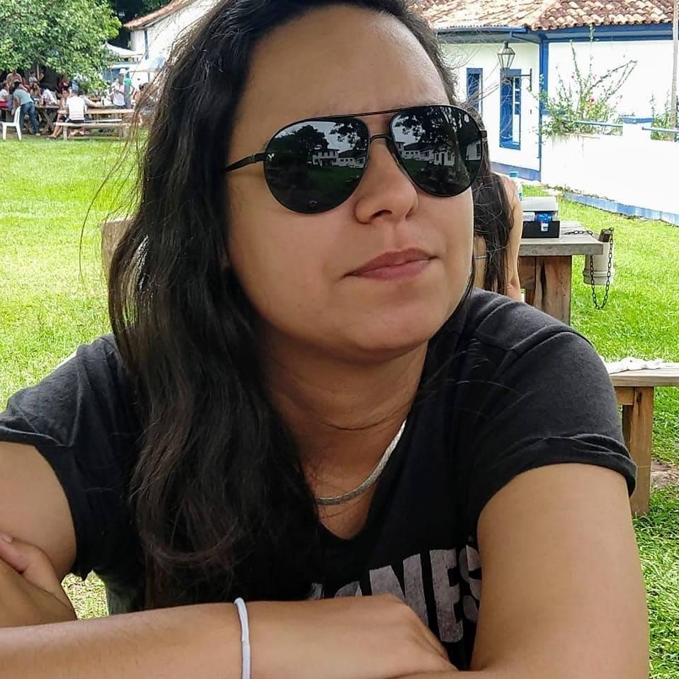 Thalita Nick Pinheiro Gomes